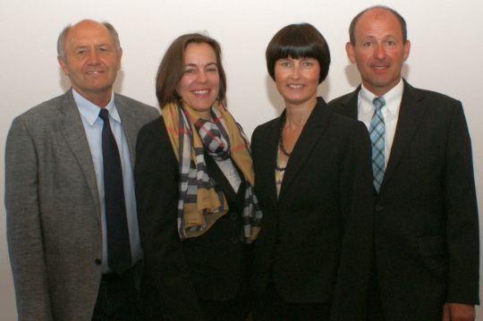 Der Vorstand der Bürgerstiftung von links nach rechts: Dr. Heinz Sperber, Eva Diepenseifen, Gerlinde Sturm, Josef Dunkes