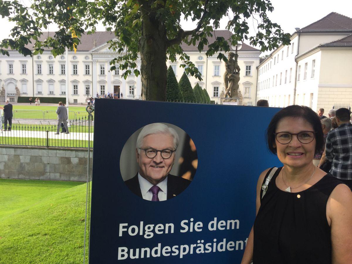 Vera Finn folgte der Einladung des Bundespräsidenten.